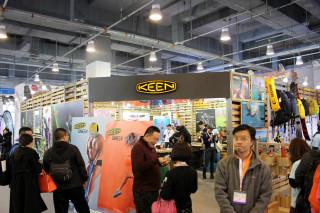 「ISPO 北京 2016」会場レポート KEEN(キーン)[展示品:トレッキングシューズ/サンダル]